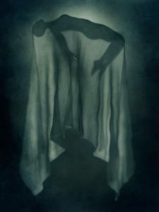 Paranormal levitation